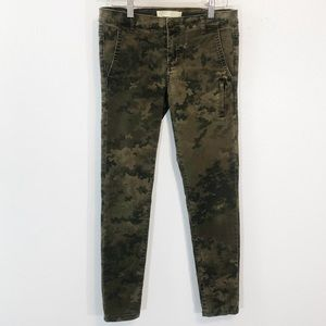Zara size 2 skinny jeans camp print